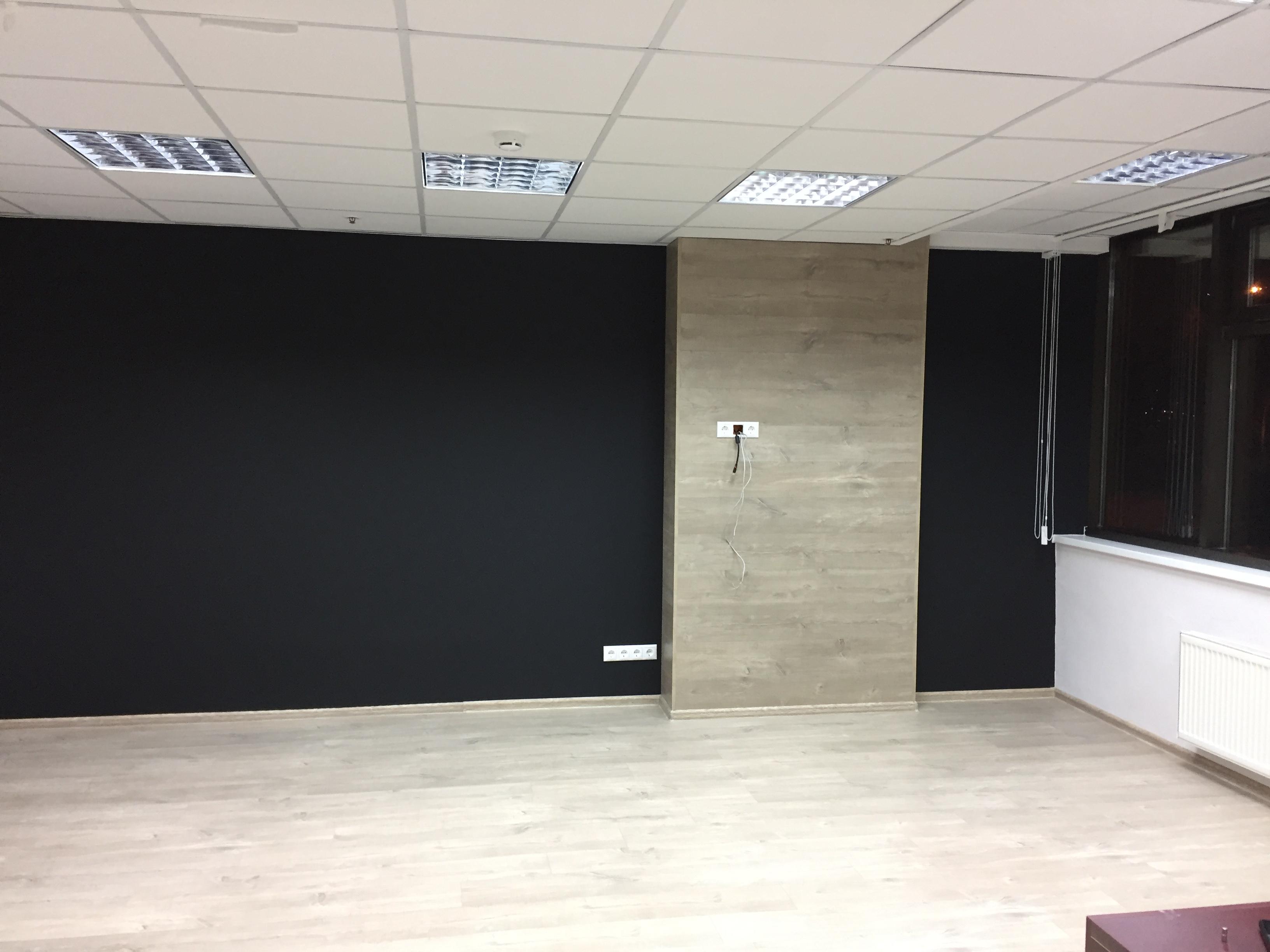 Грифельная и маркерная стена в офисе