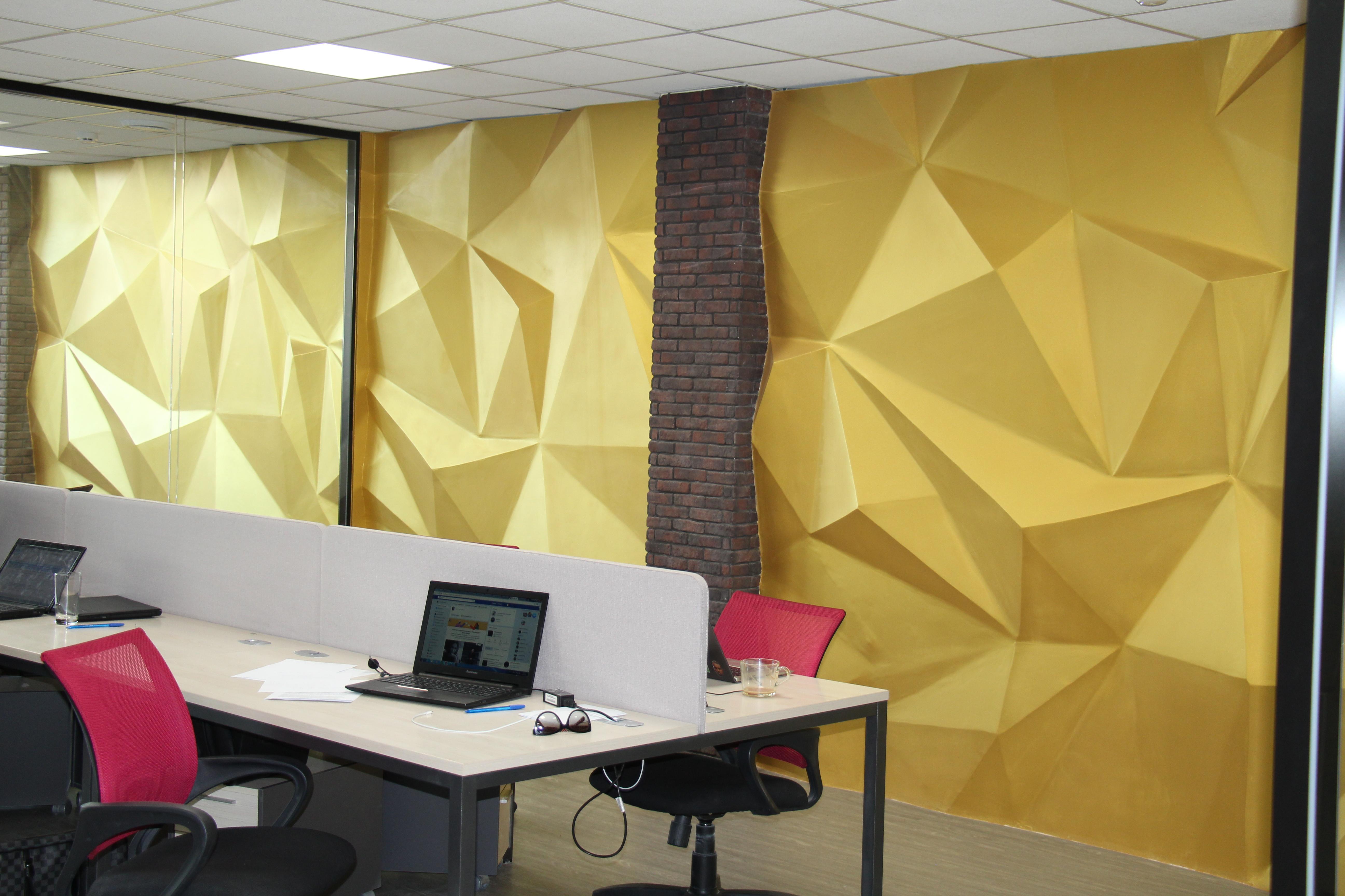 Реализация проекта с 3-D стеной золотого кристалла