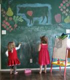 Зеленная грифельная стена в детской